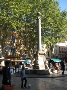 Cafes in the piazza, Aix-en-Provence