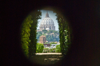 View Of St. Peter\u0027s Through The Keyhole