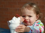 Kid-eating-ice-cream_102936