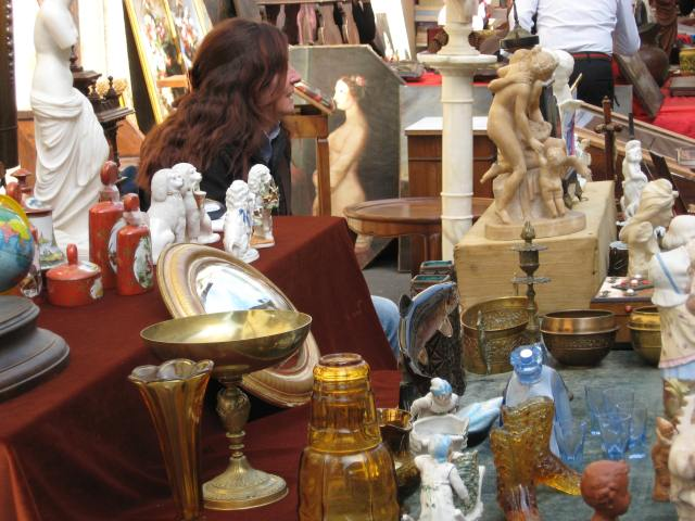 Flea market and antiques on Sunday morning in Florence