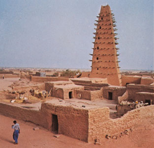 The Agadez mosque was first built in the early 1500's