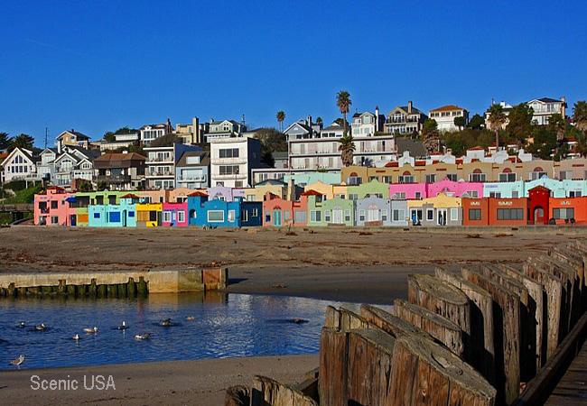 Hidden Bay Area: Day Trip to the beach town of Capitola, CA |Capitola California