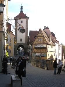 Bamberg Rathaus, bridge through building connects old town to new