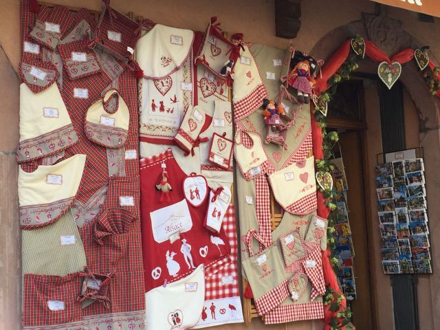 Hearts and plaid - the Alsace folk designs.