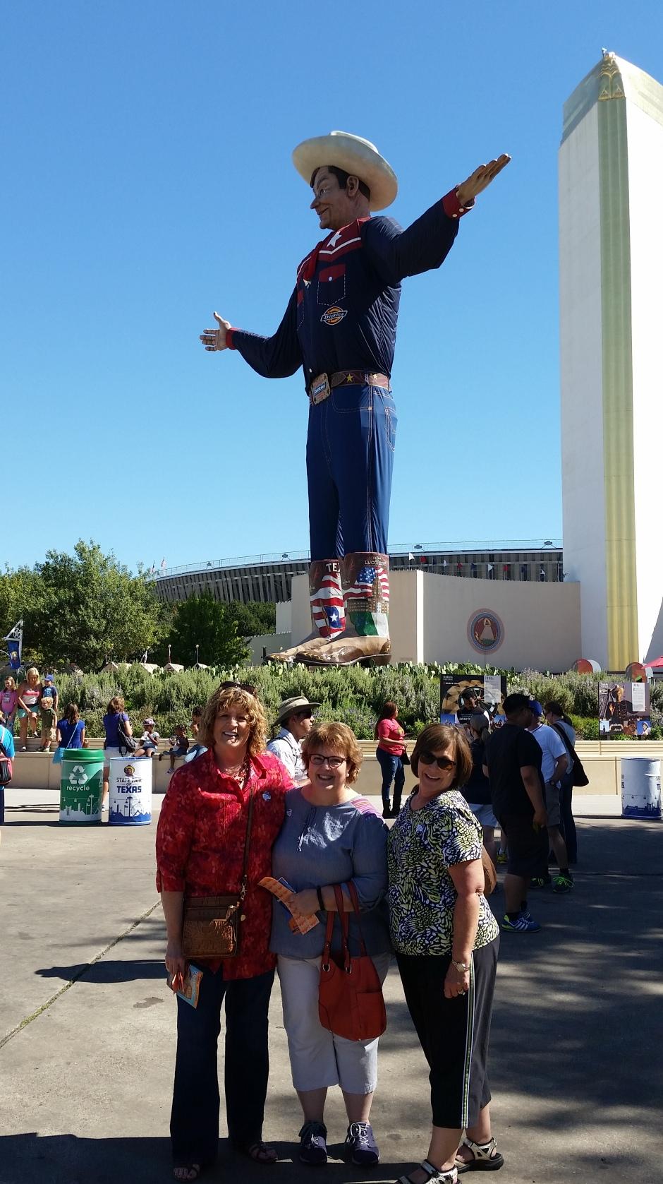 Buddies with Big Tex