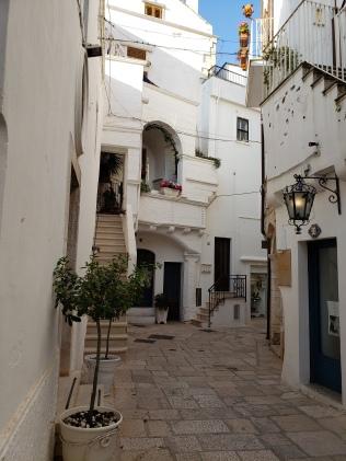 Cisternino alley 2