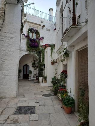 Cisternino beautify alley